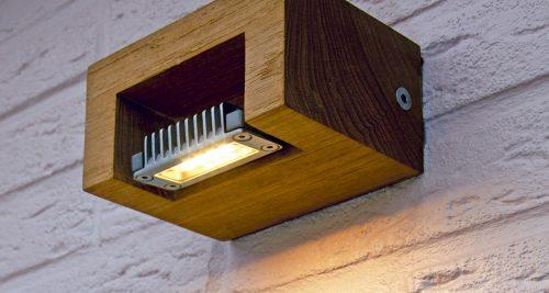 Log wandlamp teak buitenlamp hardhout led Royal Botania